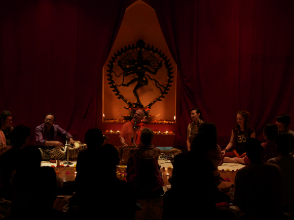 Kirtan with Geoffrey Gordon and Guests - Jul 15, 2012